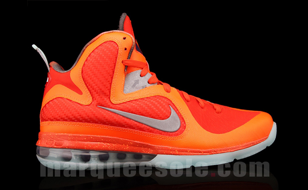 the lebron 9 galaxy which was briefly labeled the lebron 9 big bang is    Lebron 9 Big Bang On Feet
